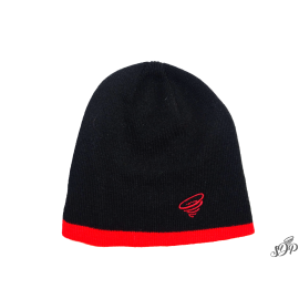 Black beanie with red contrasting border