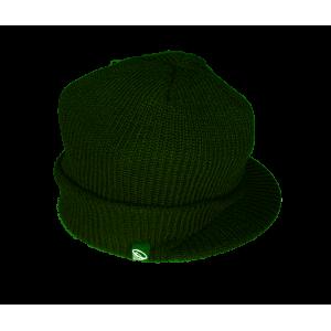 Бежова детска зимна шапка с два помпона