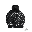 Black beanie with pompon